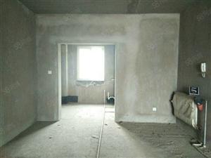 三室两厅南北通透毛坯房龙溪地