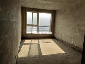 黄.金水岸步梯四楼毛坯三室南北通透有证可按揭带地下室