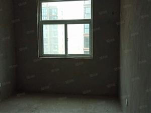莱茵河畔电梯高层3室套房毛坯送阁楼