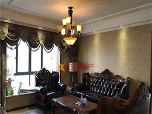 锦艺商圈一期欧尚豪装三房好楼层看得到的豪装修