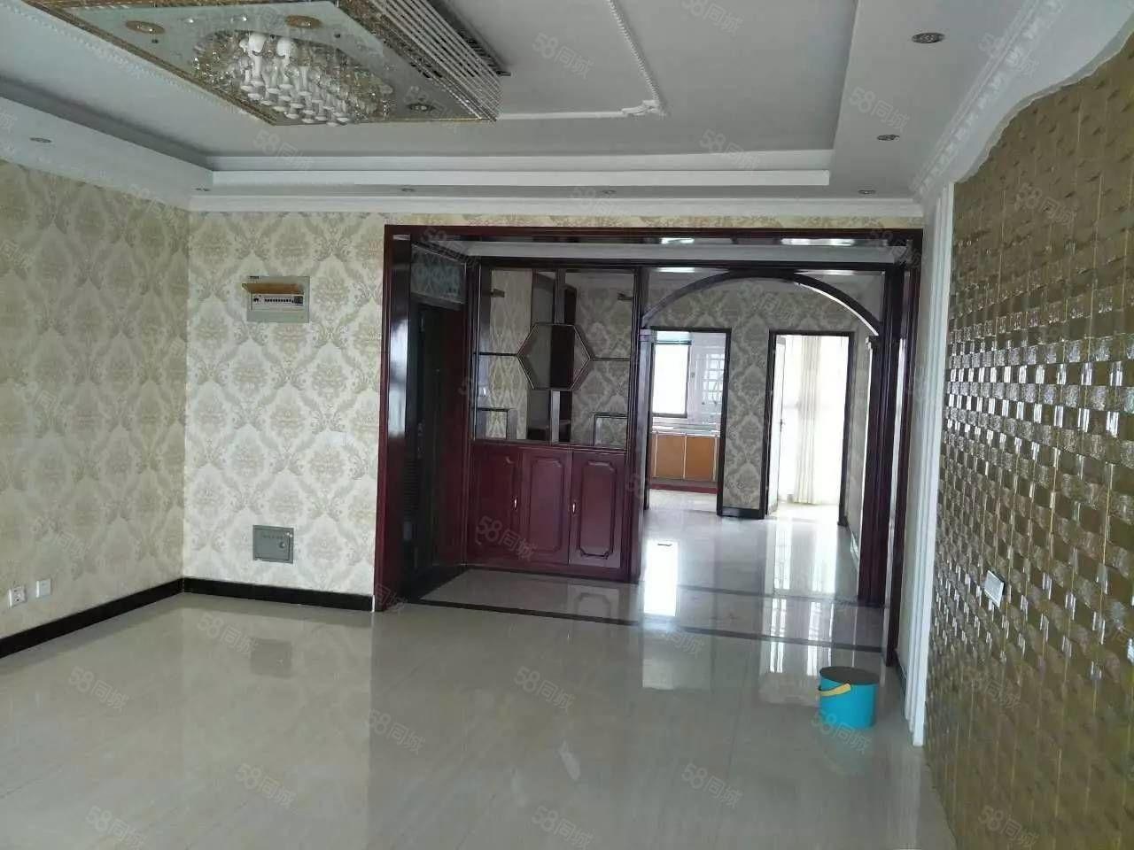 出售森海豪庭两室套房精装修拎包即可入住