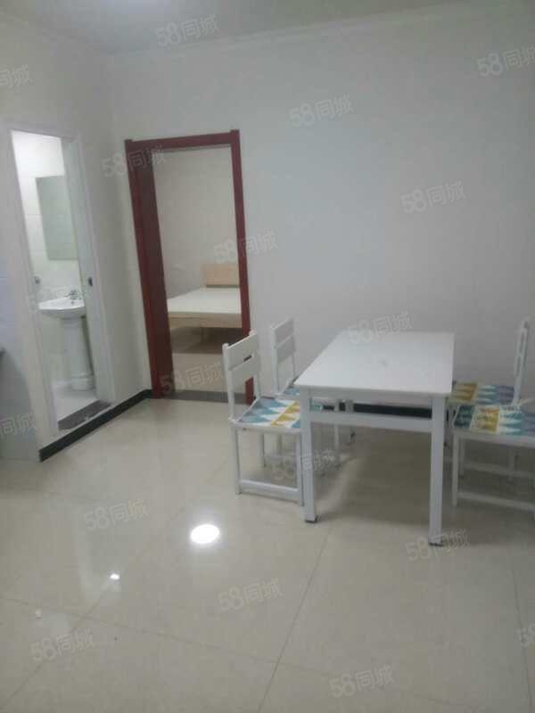 三合大市场3楼新装修首次出租2室一厅可拎包入住