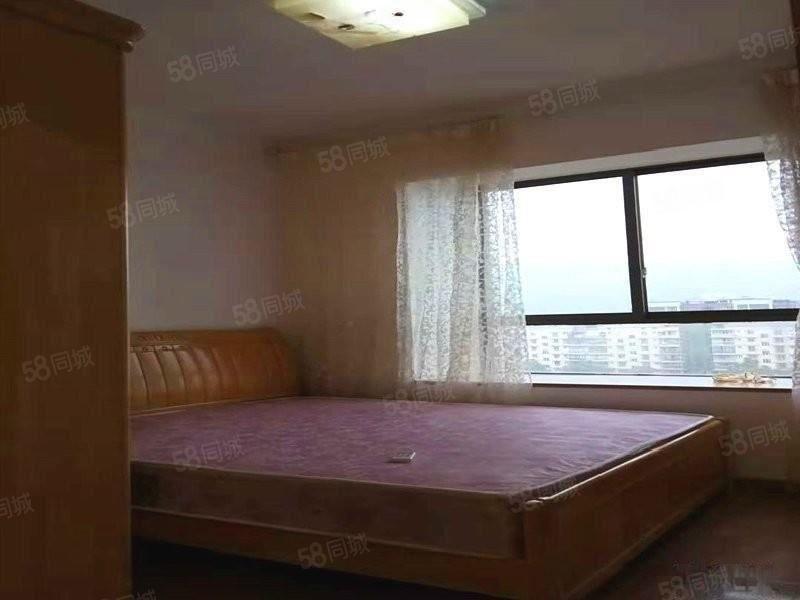 房子好不好,看了就知道,莱茵河畔2500元2室2厅1卫