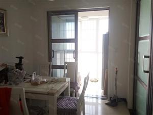 水木青城三室两厅一卫精装修带家电