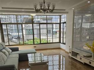 就读西安七中标准精装四房仅售103万,单价才9千多开价