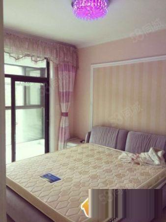 雅居乐国际花园,租价2800元,3室2厅,业主好随时带看房