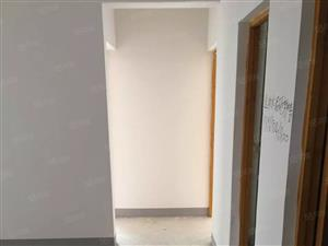 美高梅注册四季阳光城2室2厅90平米毛坯6000一年包括物业费