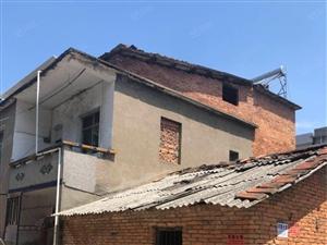 阳新宝塔湖两层楼私房占地300平方仅售32万随时看房