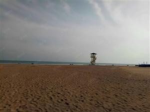 青岛开发区黄岛金沙滩壹号亚德里亚海湾五楼三室两厅出租