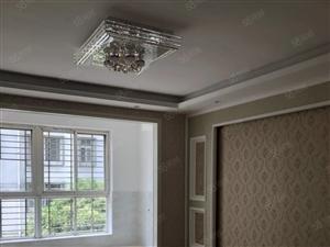 文峰小区2楼135平米,3房,精装修,售68万,尽快下手!!