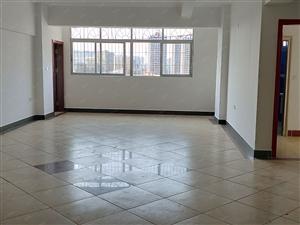 好房出售高登大厦5房2厅2卫不限购精装面积大价格低