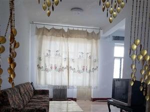 精装房,两室一厅一厨一卫,需全款。