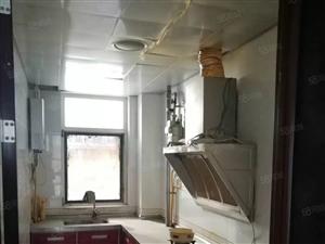 金蓝湾精装双气标准两房出售,仅此一套,机会不容错过。