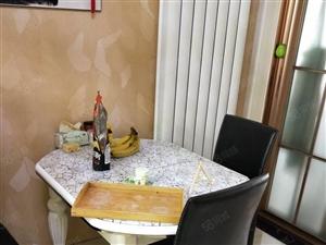 明德花园房屋出租,3室2厅2卫,精装修,家具齐全,伶包入住。