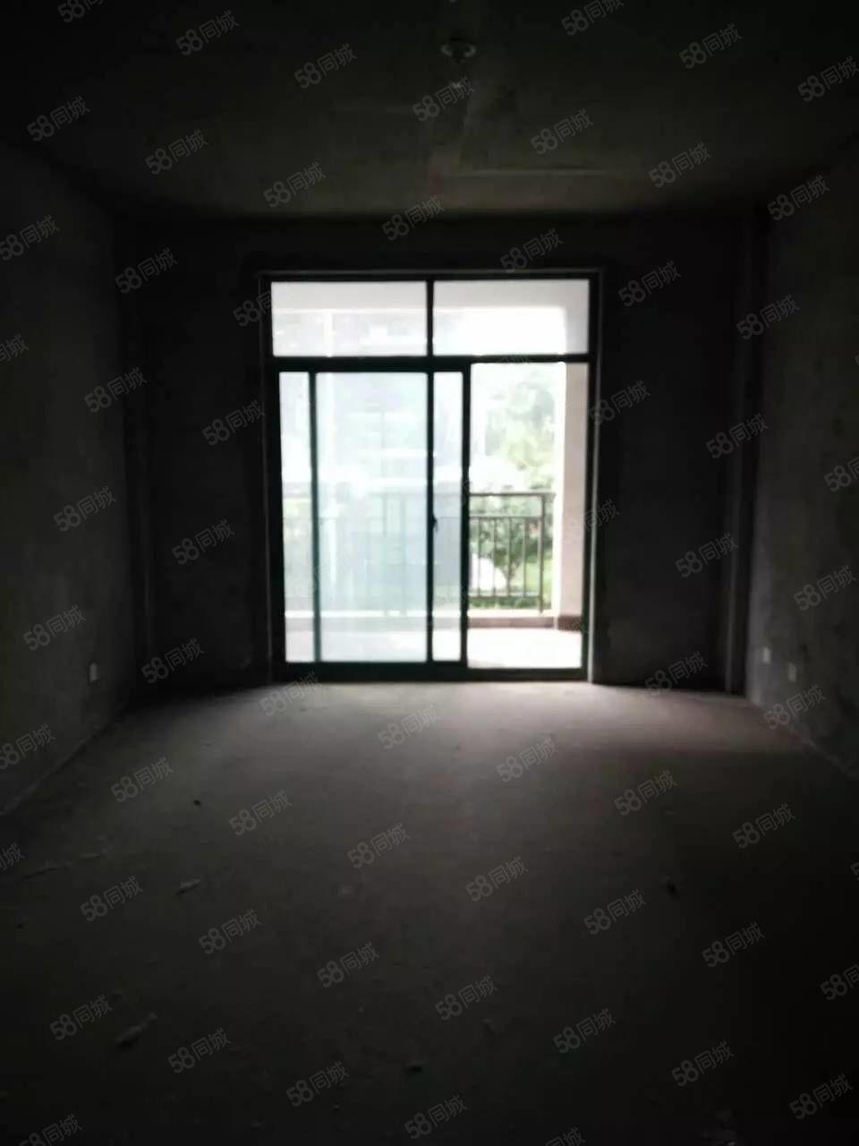 姚李花园商城2间门面房出售,一楼门面房,2楼套房。