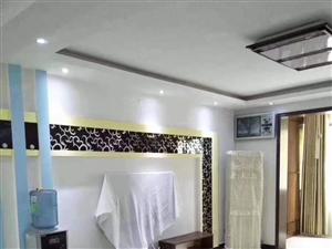 天鹅湖枫华雅庭4楼精装3房满五唯一急售62万