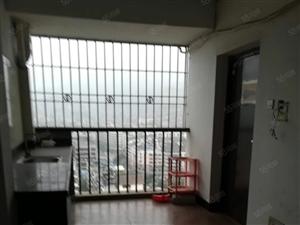 沃尔玛旁金龙纽约街《电梯高层》带独立卫生间700元