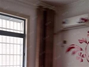 凤凰城大润发旁两室1厅精装修拎包入住