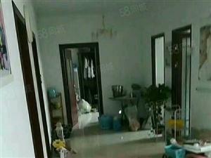 房子很干净,看房方便,环境非常好,