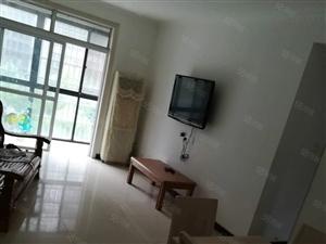 美高梅注册泊景城3楼简单装修2室2厅空调床1.1万包括物业费