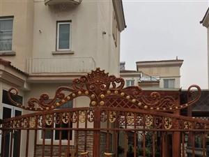 碧桂园1期豪华装修婚房未住过213.5平米花园150平米急售