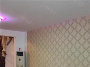 大海鑫天地二楼,面积136平,有家具和空调租23000元一年