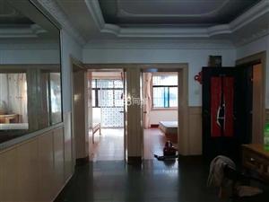 城中场市3室1厅1卫