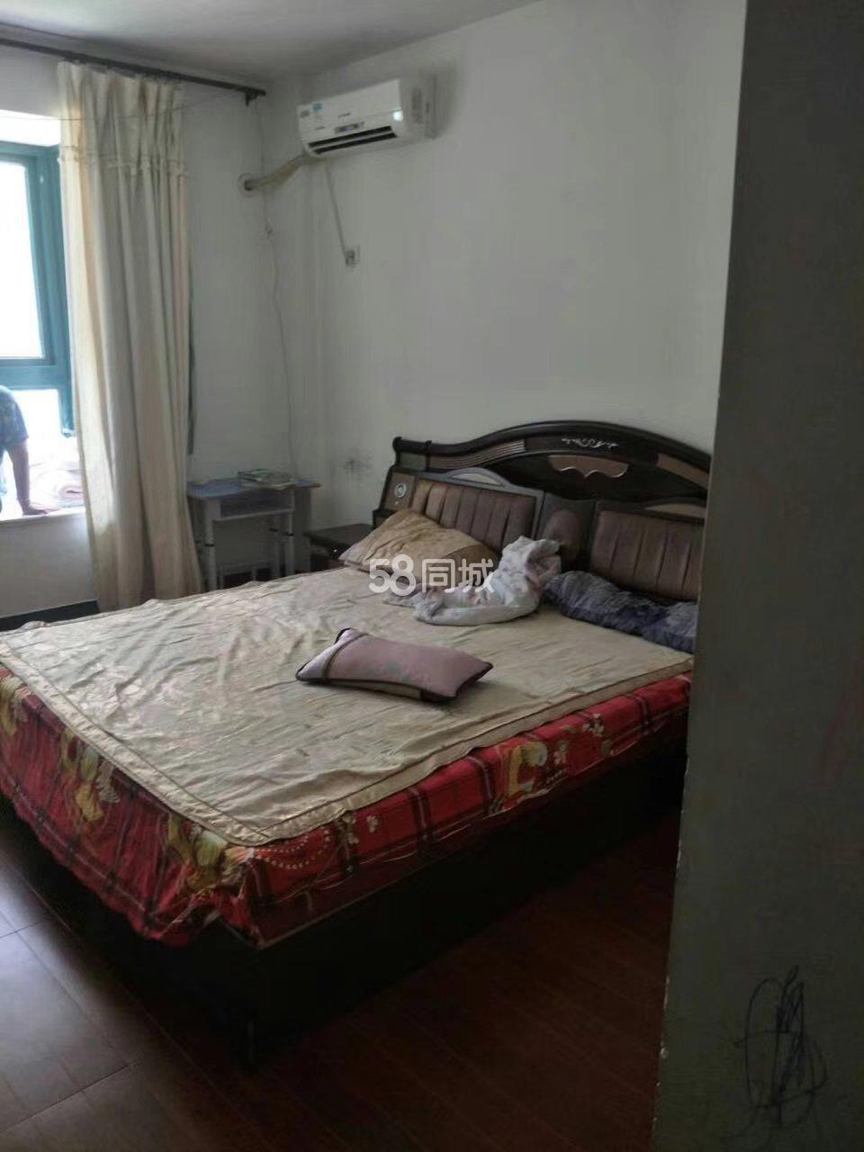 出典琴海豪庭三房两卫两年3室2厅2卫