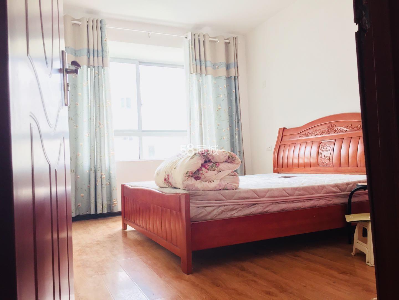 阳光渭水华庭2室2厅1卫