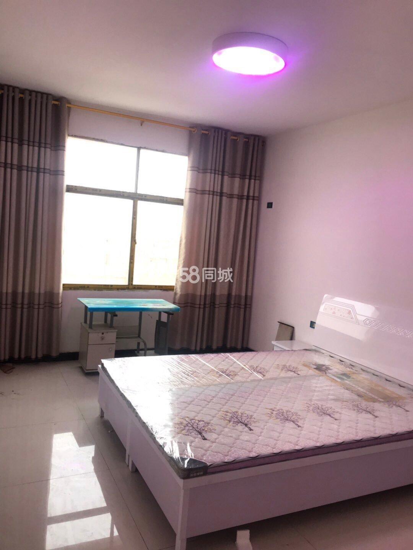淅川聚福楼大酒店3室1厅1卫