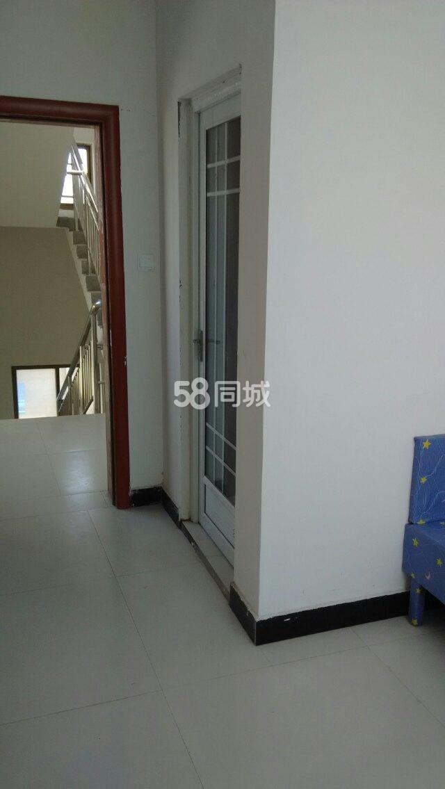黄龙寺后街1室0厅1卫
