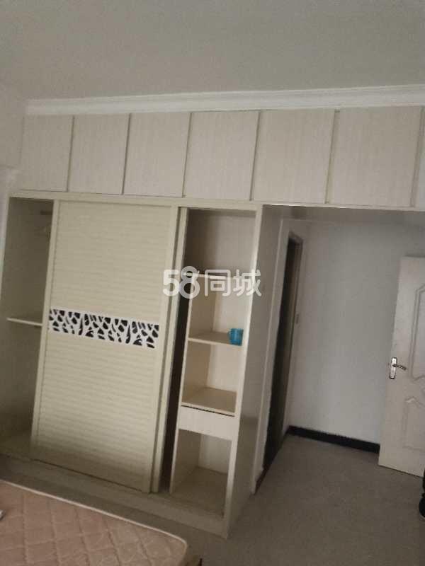 上海国际商贸城1室1厅1卫