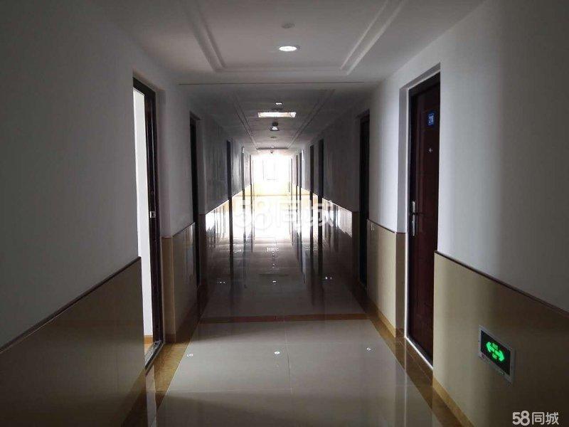 龙城一号公寓楼1室0厅1卫