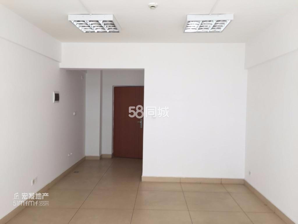 玉溪时代广场1室1厅1卫