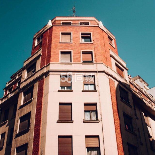 老城财政局3室2厅2卫