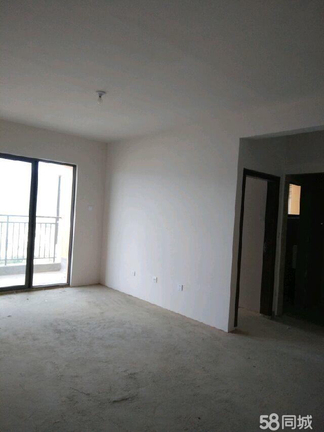 龙润园3室2厅1卫
