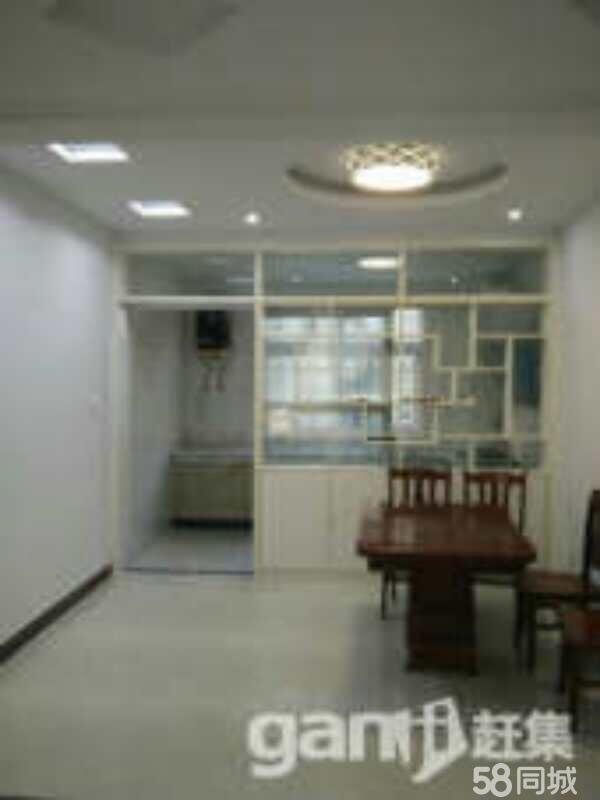 明珠花园小区3室2厅1卫
