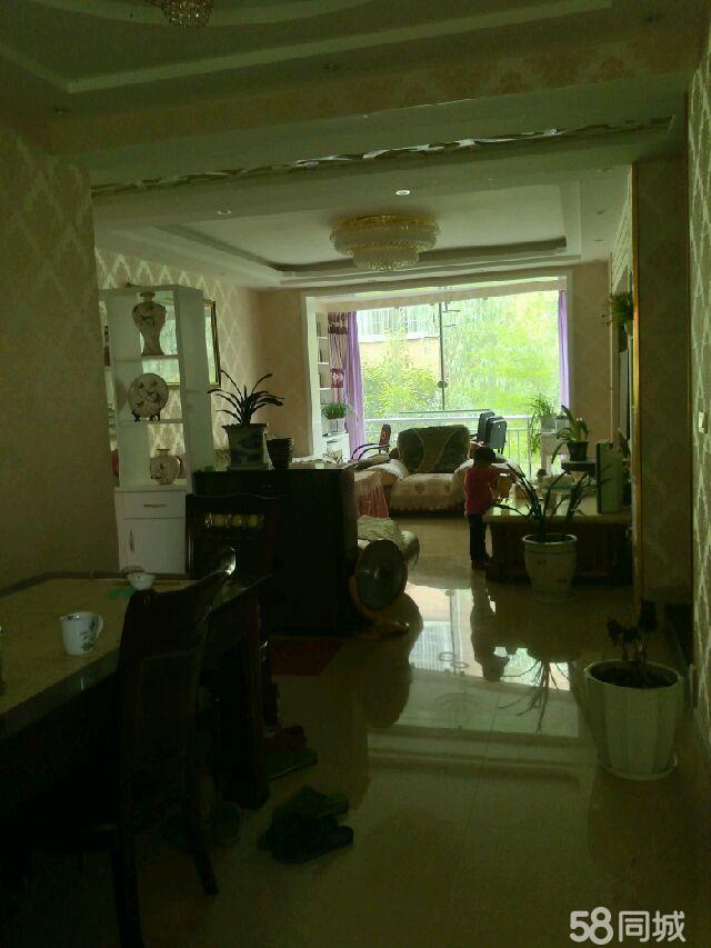 龙腾锦城3室2厅2卫