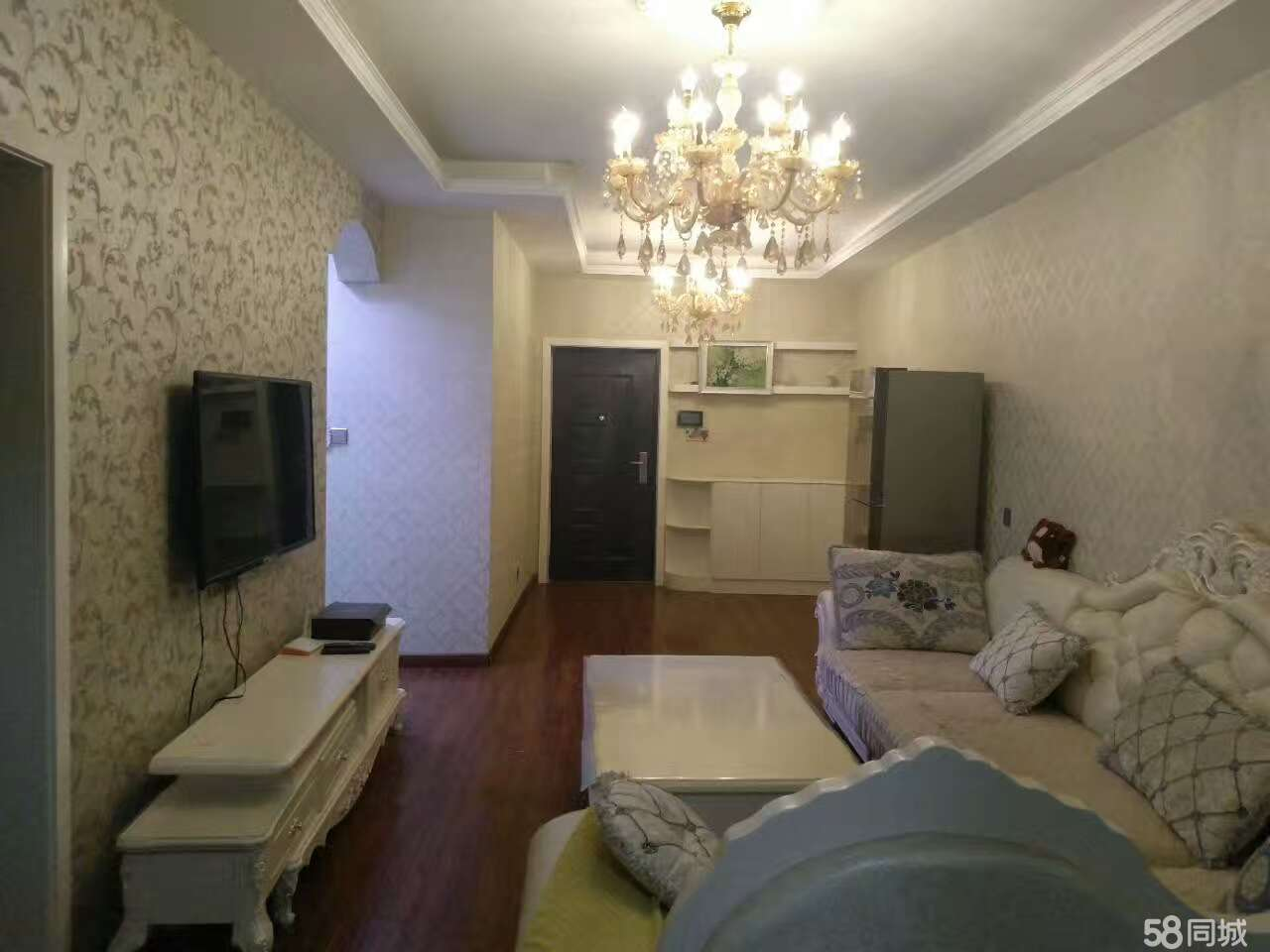 郑州凤凰城h区玺园小区2号楼2室2厅1卫