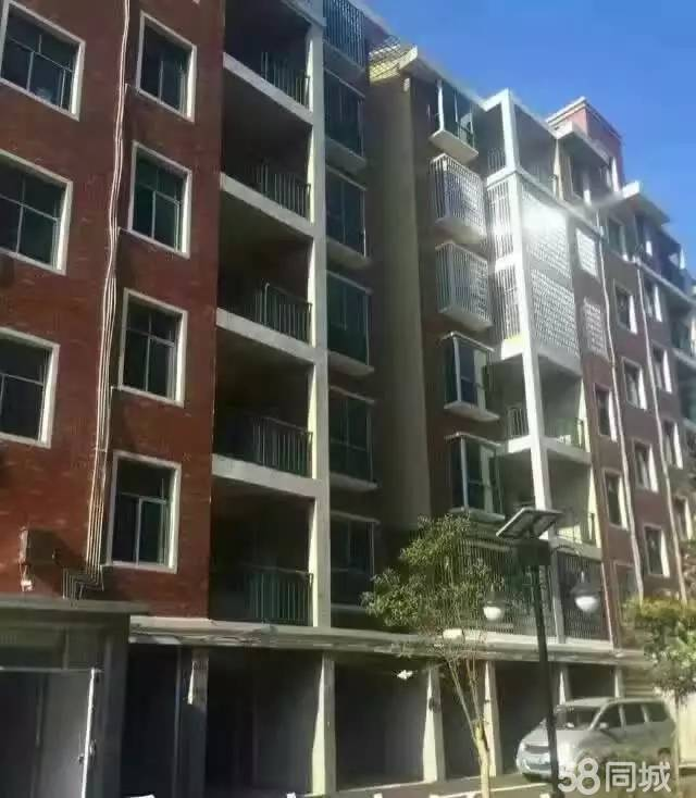 急售新区盛世宏城置第4层毛坯有证可按揭34.8万