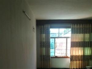 新广场3室2厅2卫
