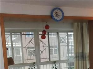 翡翠湾小区4室2厅卫