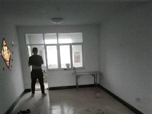 沂州阳光花园六楼148+32