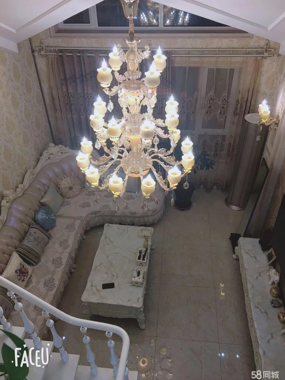 芭東海城一期白色別墅區院里 超豪華裝修 頂樓帶閣樓 復式樓