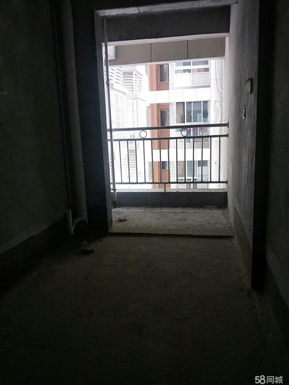 新上康华国际两室毛坯房101平 南北户型采光好 交通便利