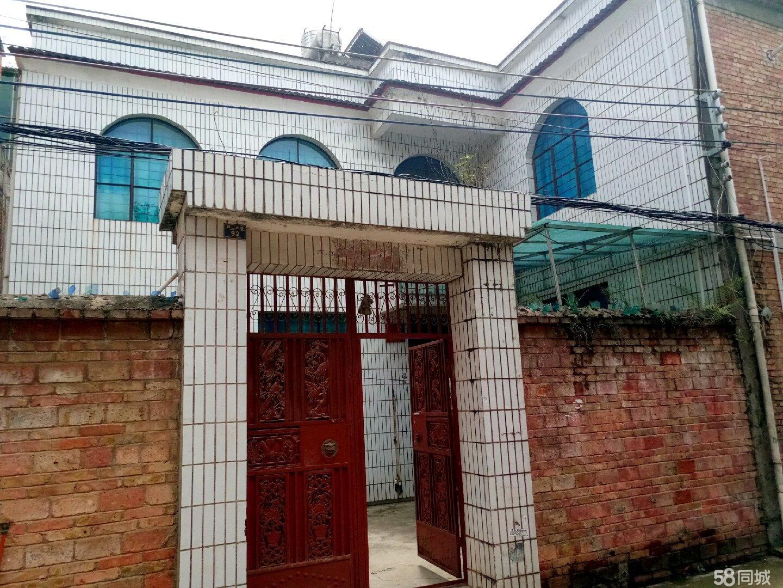 江那镇锦山三巷92号农科局后面4室2厅2卫