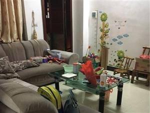 阳东苑山小区,学位房,装修三房开价32.8万