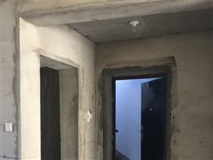 南山水西沟南苑小区三楼跃式143平出售4室2厅2卫