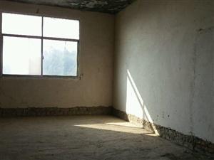 金鑫花苑5室2厅2卫