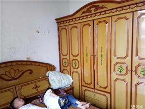 泸县和益花园3室2厅1卫94�O住房出售!